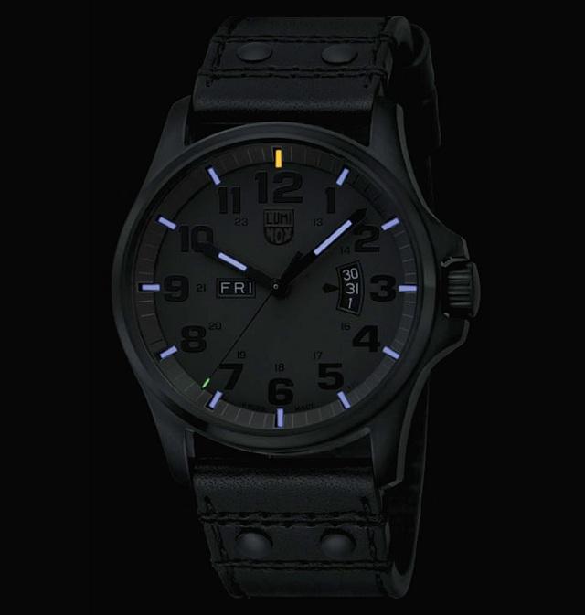 luminox men s 1879 bo stainless steel analog bezel watch luminox men s 1879 bo stainless steel analog bezel watch