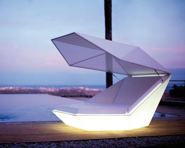 vondom faz daybed with parasol illuminated lifestyle fancy. Black Bedroom Furniture Sets. Home Design Ideas