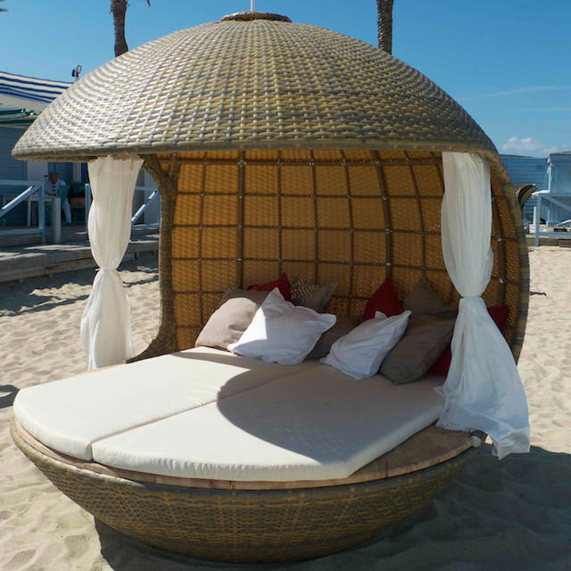 Cocoon Hanging Tree Bed And Beach Bed Lifestyle Fancy