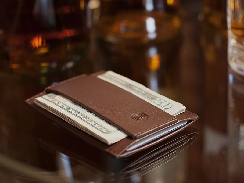 Minimalist Wallet by CAPSULE